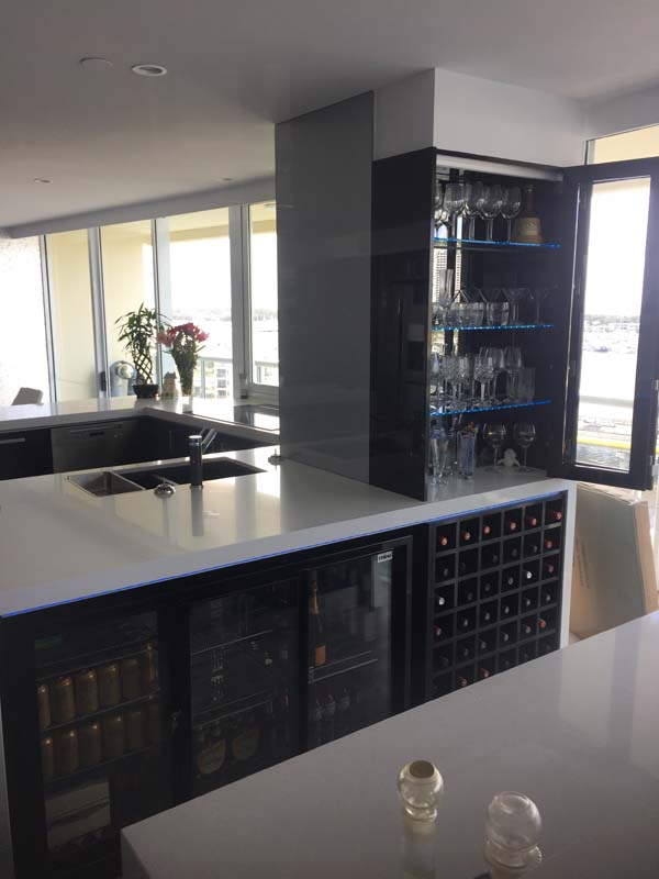 Bar glass doors
